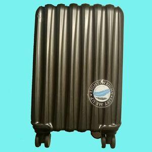 "Travelers Club luggage NOVA collection 20"" TPRC"